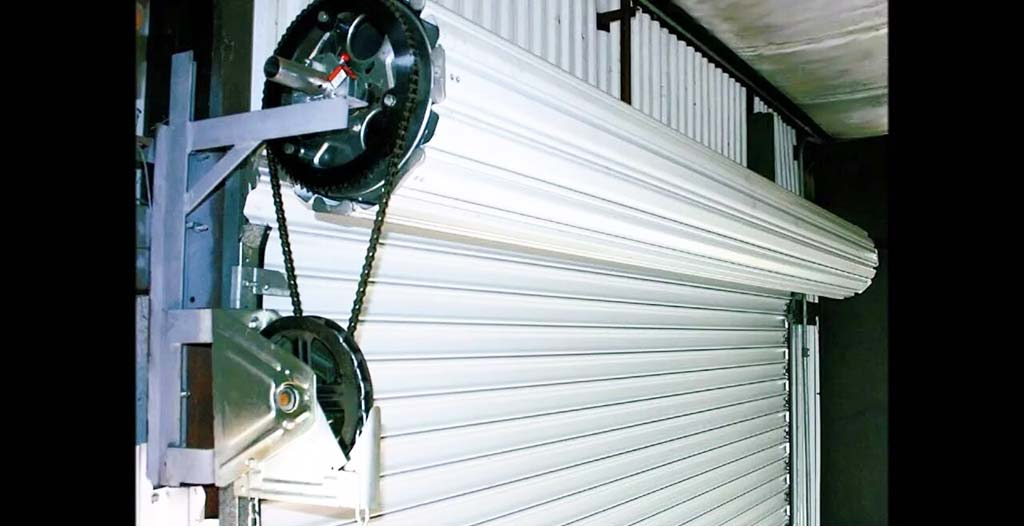 Electronic roll-up gate head